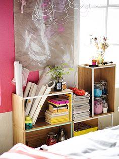 Mehrere IKEA PS 2014 Aufbewahrungselemente Bambus/weiß  zu einem einzigartigen Regal kombiniert.