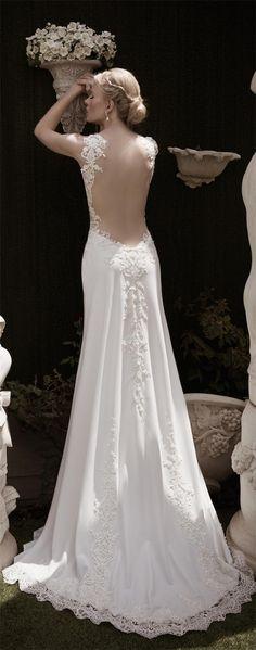 Naama and Anat Fall/Winter 2016 Wedding Dresses | http://www.deerpearlflowers.com/naama-anat-fallwinter-2016-wedding-dresses/