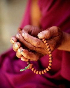 the mala Prayer beads were first used in 500 BC, in Hinduism. It is also believed that prayer beads and their invention are linked to the invention of the Chinese abacus for counting. Prayer Beads are. Meditation Prayer, Buddhist Prayer, Heart Of Life, Tibetan Buddhism, We Are The World, Beautiful Mind, Beautiful People, Prayer Beads, Prayers