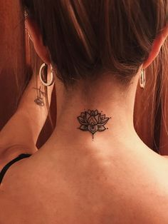 60 charming tattoo inspiration Page 38 of 62 Tattoo cool tattoo ideas tattoo design cat tattoo Form Tattoo, Shape Tattoo, Cat Tattoo, Wrist Tattoo, Tattoo Ink, Lotus Tattoo Back, Henna Tattoo Back, Small Lotus Flower Tattoo, Unique Tattoos