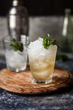 pineapple and ginger mint julep | drizzleanddip.com