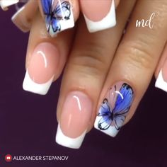 Butterfly nails are for sure a blissful symbol of Spring! Nail Designs 2017, Classy Nail Designs, Fall Nail Art Designs, Pink Nail Designs, Cool Nail Designs, Nails Design, Butterfly Nail Designs, Butterfly Nail Art, Diy Nails