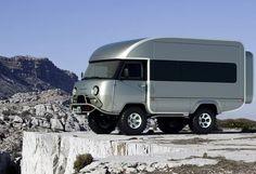 Ульяновский автозавод на своей официальной странице в Facebook опубликовал дизайнерский проект автодома на базе УАЗ 452 Сергея Ходырева....