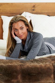 Sleep better with Dagsmejan's sleep enhancing pajamas Most Comfortable Pajamas, Cotton Pjs, Best Pajamas, Fibre And Fabric, Swedish Design, Sleep Shirt, Stay Warm, Pyjamas, Merino Wool