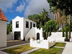 Crisp white garage apartment, Coral Gables, Florida