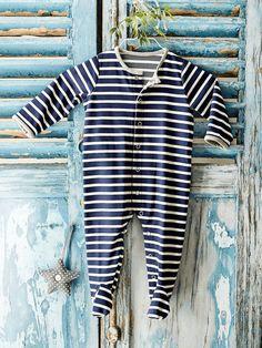 dff0793f983af Patron couture gratuit pyjama bébé Tuto Couture Anglaise