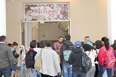 """Últimos dias para conferir mostra """"Elifas Andreato"""" em SP confira mais em http://www.publicidadecampinas.com/ultimos-dias-para-conferir-mostra-elifas-andreato-em-sp/.        Mais de 2.500 visitantes já passaram pela mostra """"Elifas Andreato – 50 anos"""", em cartaz no Centro Cultural Correios São Paulo (CCCSP). Gratuita, a exposição reúne telas, reproduções e depoimentos em vídeo sobre a produção de capas de LPs, revistas e cartazes assi"""