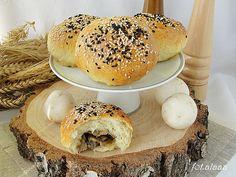Ala piecze i gotuje: Bułki z pieczarkami