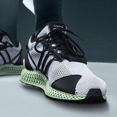 cac459a9d4e Chaussures Homme, Chaussures De Sport Mode, Yeezy, Nouvelles Chaussures,  Chaussures Des Créateurs