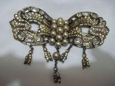 Vintage Rhinestone & Pearls Pin By Staret