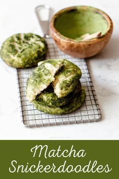 If you're tired of ordinary cookies, check this matcha snickerdoodles. It will not disappoint you. Green Tea Dessert, Matcha Dessert, Fun Desserts, Dessert Recipes, Green Tea Cookies, Matcha Cookies, Best Matcha, Matcha Green Tea, Healthy Drinks