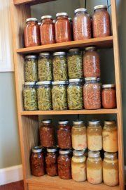 """Another pinner wrote: Homemade canned soups, stews, sauces.it's so nice to have these on hand when your schedule is too busy to make those """"from scratch"""" meals. Canning Soup, Canning Tips, Home Canning, Canning Recipes, Soup Recipes, Easy Recipes, Canning Food Preservation, Preserving Food, Canned Food Storage"""