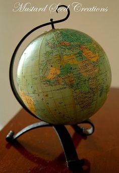I love maps & globes Vintage Globe, Vintage Maps, Globe Projects, Map Globe, World Globes, World View, Travel Design, Travel Stuff, What A Wonderful World