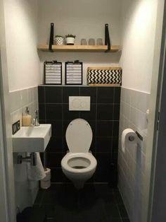 Plakplastic over lelijke tegels heen plakken, super idee! | badkamer ...