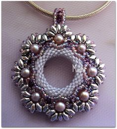 Pendant with superduo beads