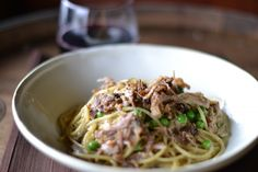 pasta and pork belly??? aaaaaaaaahhhhhhh 2 of my favorite things in one bowl...