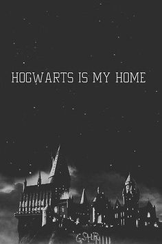 Hogwarts is my home books harry potter, harry potter kitapla Harry Potter Tumblr, Harry Potter World, Mundo Harry Potter, Harry James Potter, Harry Potter Quotes, Harry Potter Universal, Harry Potter Fandom, Harry Harry, Hogwarts