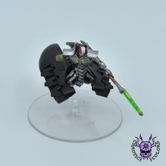 Necrons - Destroyer Lord #ChaoticColors #commissionpainting #paintingcommission #painting #miniatures #paintingminiatures #wargaming #Miniaturepainting #Tabletopgames #Wargaming #Scalemodel #Miniatures #art #creative #photooftheday #hobby #paintingwarhammer #Warhammerpainting #warhammer #wh #gamesworkshop #gw #Warhammer40k #Warhammer40000 #Wh40k #40K #heldrake #chaos #warhammerchaos #warhammer40k #zenos #Necrons #Destroyer #lord Warhammer 40000, Tabletop Games, Gw, Lord, Miniatures, Studio, Creative, Painting, Board Games