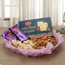 All you required send online Diwali gifts to India for your beloved. Now, just with the click of a mouse from the comfort of your home or office, you can shop Online delivery for gifts with us. Same Day Delivery Gifts, Diwali Gift Hampers, Diwali Gifts, Diwali Wishes, Janmashtami Decoration, Rakhi Online, Chocolate Gifts, Chocolate Hampers