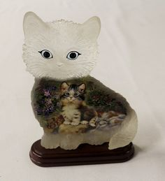 """Bradford Exchange Sitting Pretty 1st Issue Purr fect Day Cat Bradford Exchange SITTING PRETTY  1st Issue Purr-fect Day Cat Figurine  Brand NEW! By Jurgen Scholz First issue in the Purr-fect Day Series This authentic original sculpture is handcrafted. Limited Edition! Plate No A1691 Comes with Certificate of Authenticity Dimensions: approximately 7""""Tall x 1.75""""W x 5""""LFigurine   eBay"""