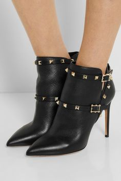 ValentinoRockstud Black Ankle Boots €890 Fall 2014 #Valentino #Shoes #Heels