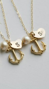 anchor initial necklaces, I so want one!!