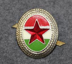 Hungarian Army, cap badge. Red Star