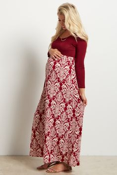 Fall comes and goes but damask is always in. We aren't looking to sacrifice our style when the weather drops, and this long sleeve maxi dress lets us stay trendy all year long. Dress it up by adding a statement necklace. Maternity Shoot Dresses, Maternity Poses, Maternity Pictures, Long Sleeve Maxi, Maxi Dress With Sleeves, Pink Blush Maternity, Her Style, Blush Pink, Color Blocking