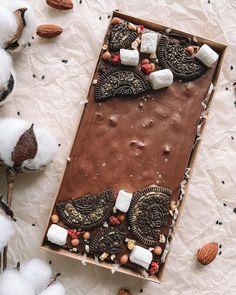 Chocolate Bars, Homemade Chocolate, Chocolate Desserts, Sweet Bar, Chocolate Bouquet, Get Happy, Box Cake, Afternoon Tea, Sweet Tooth