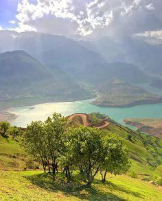 The Karun-3 dam is a hydroelectric dam on the Karun river in the province of Khuzestan, IRAN (Persian: سد کارون ۳ یکی از بزرگترین سدهای ایران است، که بر روی رودخانه کارون در جنوب غربی ایران احداث شدهاست. این سد در ۲۸ کیلومتری شرق شهرستان ایذه و در فاصله ۶۱۰ کیلومتری مصب رودخانه کارون در شمال شرقی استان خوزستان است) Credit: Arash Bakhshesh