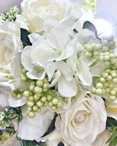 à pois | By Ramona Morar Floral Wreath, Wreaths, Table Decorations, Home Decor, Floral Crown, Decoration Home, Door Wreaths, Room Decor, Deco Mesh Wreaths