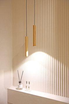 온라인집들이 :: 내 니즈에 꼭맞춘 호텔보다 좋은 베이지톤 욕실 인테리어 : 네이버 블로그 Toilet, Ceiling Lights, Bathroom, Lighting, Pendant, Home Decor, Bedroom, Washroom, Flush Toilet