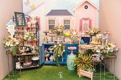 Book Festas Kids | Festa Infantil Boneca Russa Table Decorations, Furniture, Home Decor, Industrial Kids Decor, Creativity, Baby Dolls, Girls, Licence Plates, Interior Design