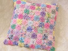 Sweet pastels make up this shabby chic pillow. Perfect for bed, chair, porch swing! Shabby Chic Quilts, Shabby Chic Pillows, Cute Pillows, Baby Pillows, Vintage Pillows, Fabric Crafts, Sewing Crafts, Sewing Projects, Yo Yo Quilt