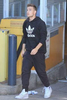 Liam Payne yesterday in Vancouver