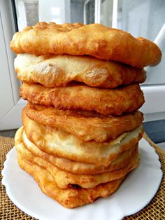 Bulgarian Recipes, Romanian Food, Sweet Cakes, Nutella, French Toast, Deserts, Pizza, Cooking, Breakfast