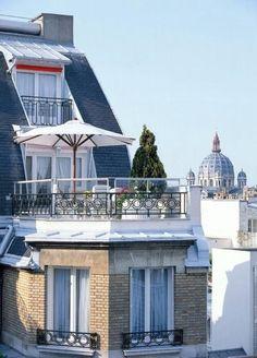 Parisian terrasse.