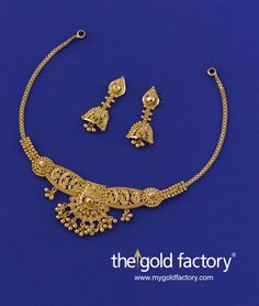 Gold Jewelry Store Near Me Antique Jewellery Designs, Victorian Jewelry, Antique Jewelry, Gold Necklace Simple, Necklace Set, Gold Jhumka Earrings, Gold Mangalsutra Designs, Indian Wedding Jewelry, Gold Set