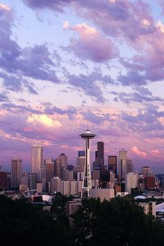 Sunset in Seattle. Who would not want to live there???