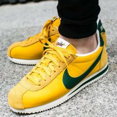 223619dfd1ed Nike Cortez Classic Nylon Sneaker Men s Lifestyle Shoes Yellow Ochre Gorge  Green