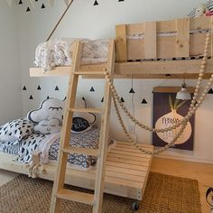 Si piensas que un #dormitorio #infantil de estilo nórdico puede quedar soso no te pierdas el post de hoy . Inspiración  ideas  get the look. Link en nuestro stories  (http://ift.tt/1O4eE42) #kids #room #madera #natural #nórdico #ideas #inspiración