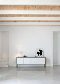 Dirección de arte de las fotografias de producto para la nueva imagen de PUNT 2012. Art direction by odosdesign