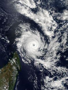 NASA sees Fantala's eye wide open north of Madagascar