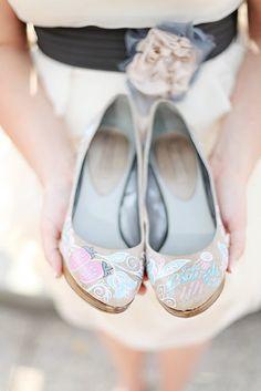 customized wedding shoes