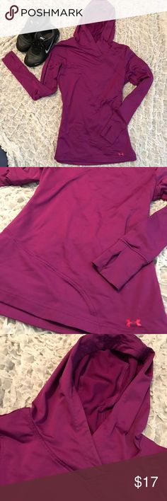 Under Armour cold gear active hoodie Super warm, cold gear active hoodie. Stretchy fabric with thumbs holes on the sleeves. Excellent condition! Under Armour Tops Sweatshirts & Hoodies