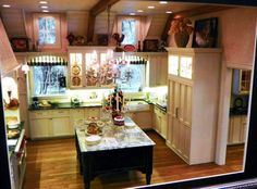 "Main Kitchen area from ""A Culinary Classic"" Roombox workshop by Ray and Scott (Whitledge-Burgess)"