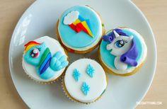 My Little Pony Cupcakes -- Rarity and Rainbow Dash