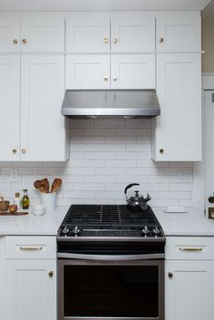 Best Range Hoods, BROAN RP1 Series RP130SSC, Stainless Steel Best Range Hoods, Ventilation Hood, Kitchen Exhaust, Stainless Steel Kitchen, Kitchen Cabinets, Home Decor, New Kitchen, Siblings, Decoration Home