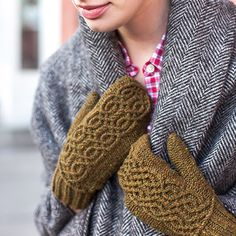 Knoll Mittens Pattern – Knit Purl. Yowza!! Look at the intricacy of those cables! Wow. Just wow
