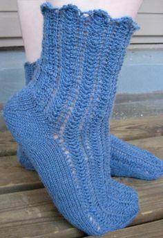 Siniset Kesäillan valssi -sukat